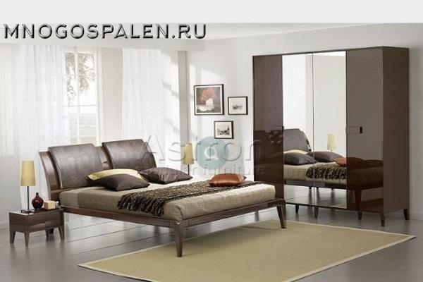 Глянцевая коричневая спальня M108 Астрон купить в салоне-студии мебели Барселона mnogospalen.ru много спален мебель Италии классические современные